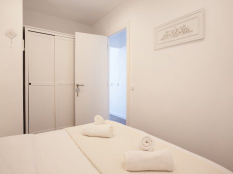 BARCELONA | SPACIOUS APT FOR 6 WITH 2 BATHROOMS¤ - Barcelona