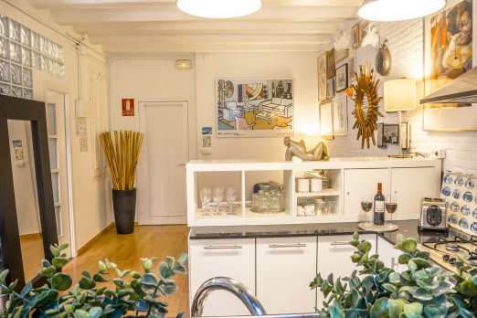 BARCELONA | STYLISH APT WITH BALCONY¤ - Barcelona