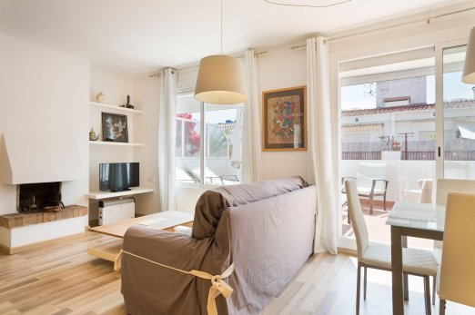 Sunny Attic with Parking for families in Sitges - Barcellona