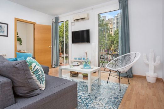 BARCELONA | BRIGHT APT NEAR SAGRADA | 8 PEOPLE ¦ - Barcelona