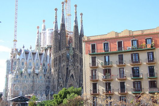 3-bedroom apartment with view on Sagrada Familia - Barcelona