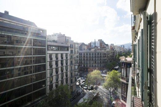 Jasny kw. na Rambla de Catalunya - Barcelona